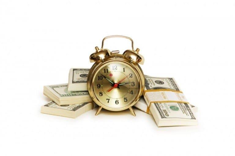 お金にもっと不安を感じ苦しめられる方法
