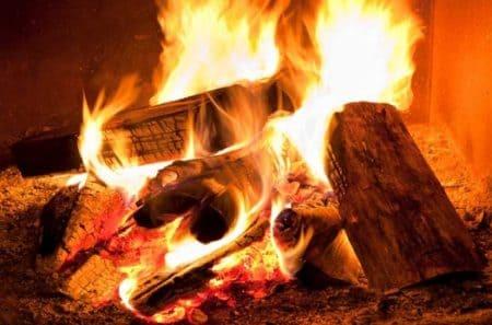 嫉妬に疲れた時、嫉妬の炎を活用するには?